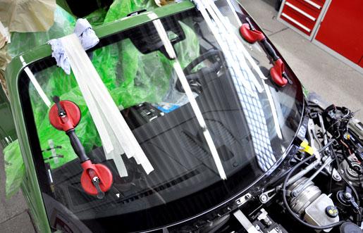 PÜR Lack - Meisterbetrieb für Karosserie- und Lackiertechnik in Ahlen | Autoglasreparatur